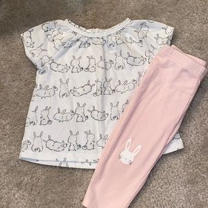 🛍Girls Cute little outfit size 6 months 🛍